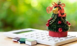 Top 10 Gifting Ideas For Festive Season Without Digging A Hole In Your Pocket